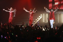 247320-jyj-performing-in-santiago-chile