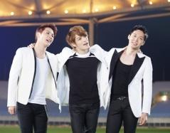 jyj-singing-together
