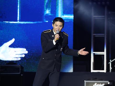 [HD PICS] 170515 2017 Gunpo Royal Azalea Festival concert – Photos of Kim Junsu